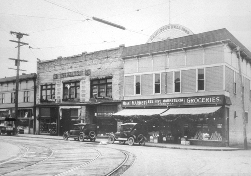 A vintage photograph of 12th Avenue South—Hamilton Hall.