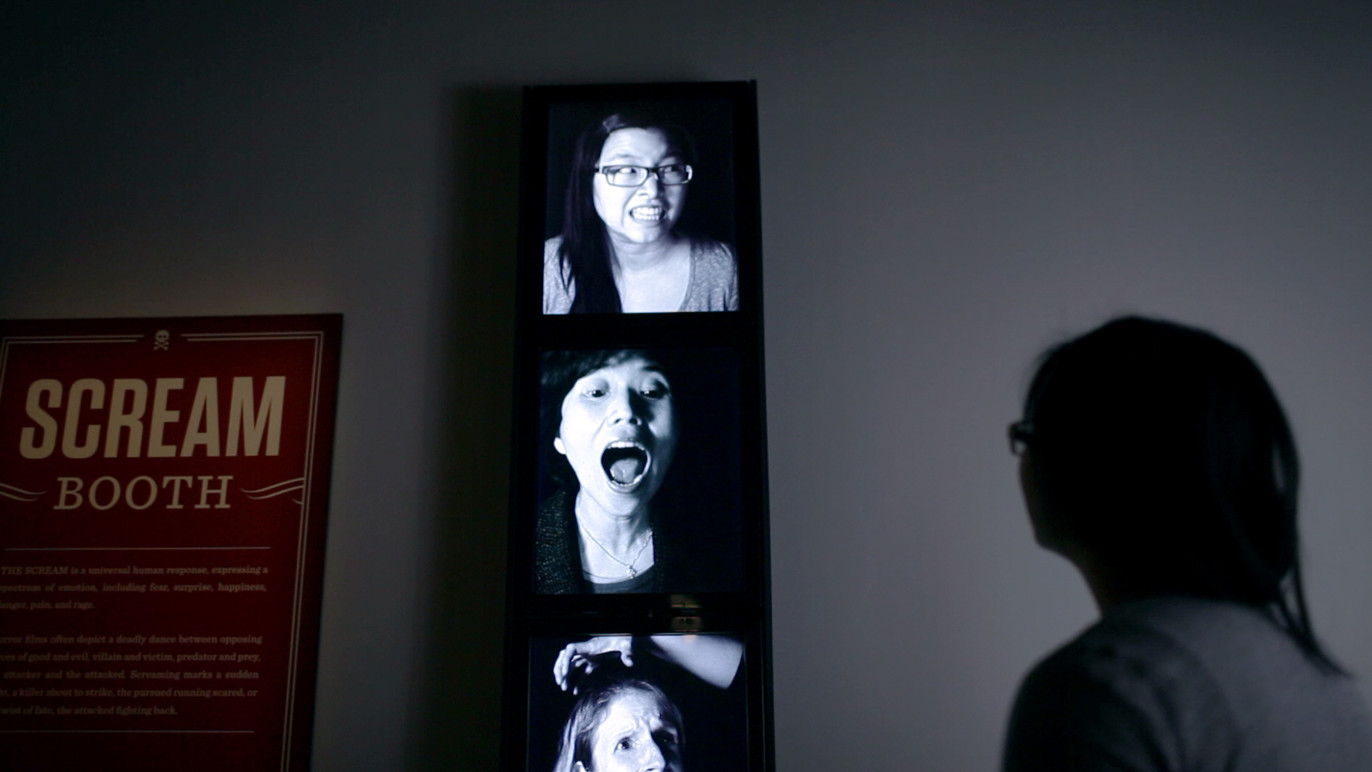 Once a scream is captured, they are shown in the screens outside of the booth.
